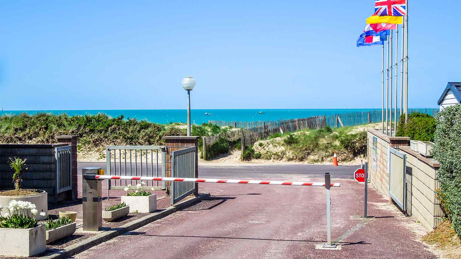 Camping manche gouville sur mer location vacances for Camping normandie bord de mer avec piscine